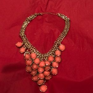 Jewelry - NWOT STUNNING STATEMENT NECKLACE